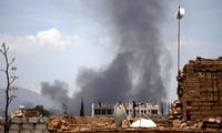 轰隆一声也门一喜事顿时变丧事,王爷军空袭饥不择食惹众怒