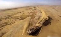 太不可思议 无边的沙漠竟然出现沉船