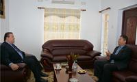 驻马拉维大使刘洪洋到任拜会驻马外交使团长