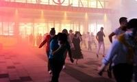 湖北咸宁消防开展夜间商业综合体灭火救援实战演练