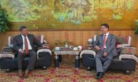 刘劲松大使会见亚洲开发银行阿富汗国别代表