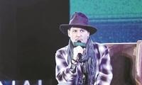 约翰尼·德普亮相海南国际电影节 坦言更想做音乐家