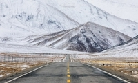 7000公里跨越南疆、北疆的冰与雪之歌, 路,在脚下;路,在远方……