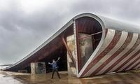 苏联航母训练中心只是水泥地?钢铁就一万吨