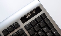 国内原创高端电竞装备,ONEUP海盗H9机械键盘评测
