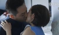 太甜!《老男孩》刘烨捧林依晨脸热吻20秒