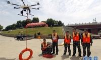 湖北消防部队开展抗洪抢险救援演练