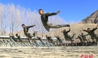 武警西藏总队冬季训练砺精兵