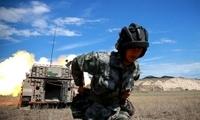 10门火炮列阵戈壁大漠,首射安全注意啥?